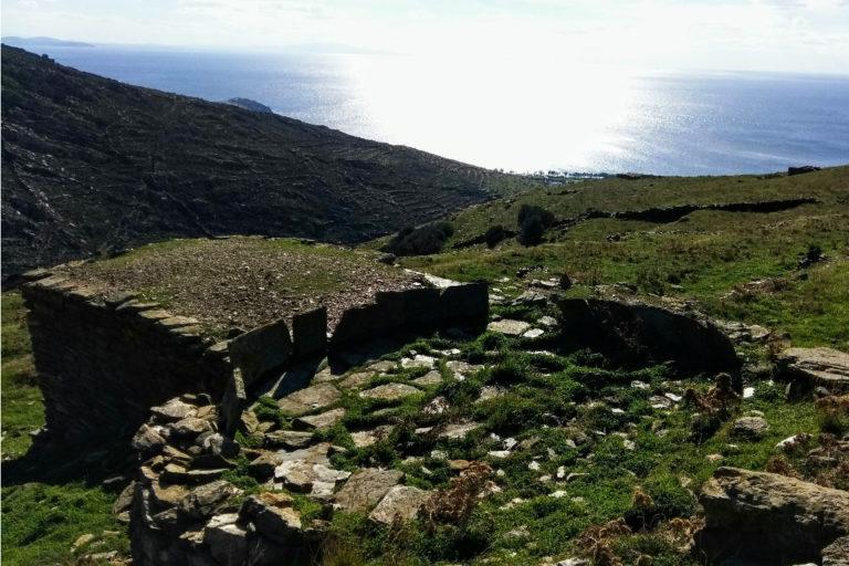Walking-from-Ktikados-to Kionia-Tinos-island-Cyclades-Greece