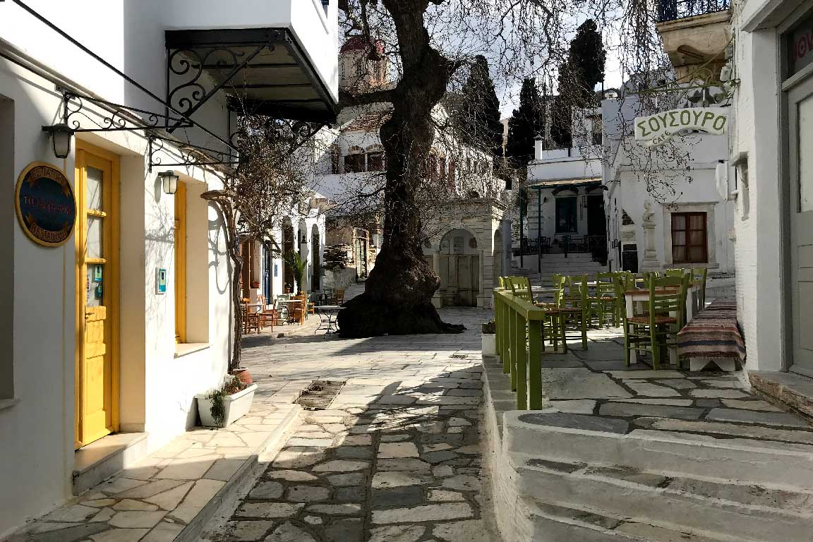 The-village-of-Pyrgos-Tinos-island-Cyclades-Greece