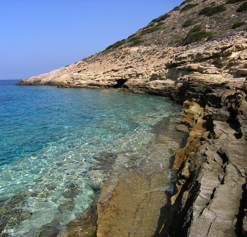 Guided-Paros-Small-Cyclades-Vorini-Spilia-Iraklia